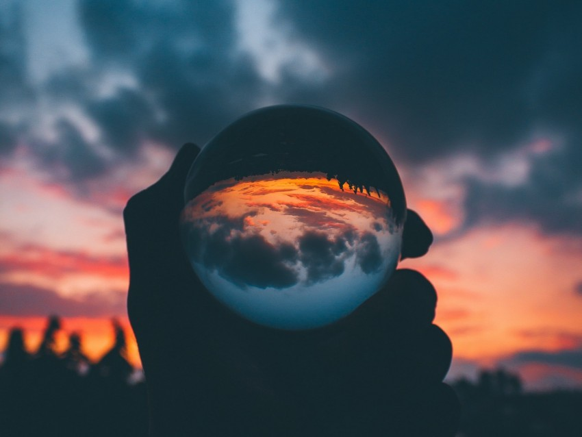 free PNG ball, glass, sunset, hand, reflection background PNG images transparent