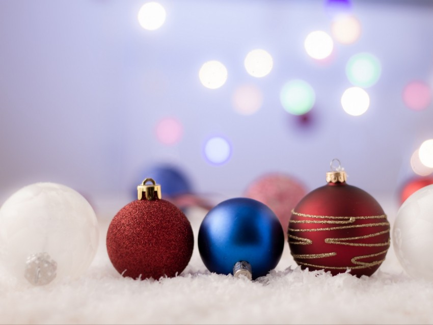 free PNG balls, decoration, new year, christmas, toys, holiday background PNG images transparent