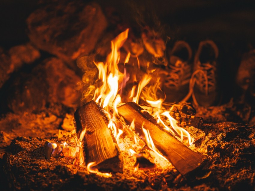 free PNG bonfire, fire, flame, burn, firewood, embers background PNG images transparent
