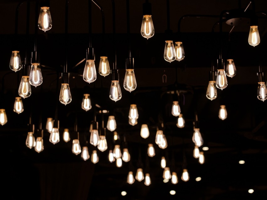 free PNG light bulbs, electricity, lighting, light, dark background PNG images transparent