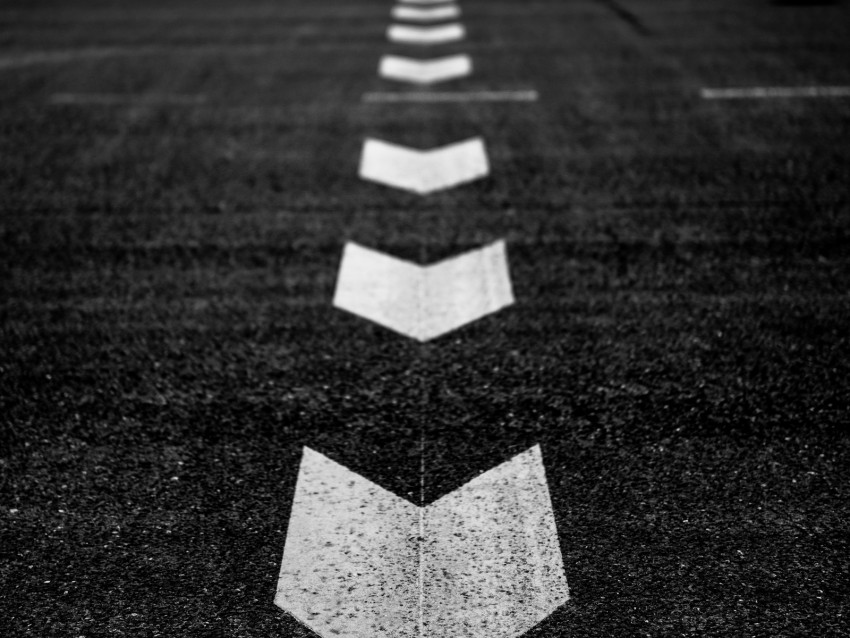 free PNG marking, arrows, bw, asphalt, road background PNG images transparent